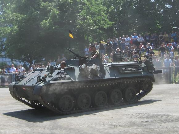 "APC, ""Armored Personal Carrier"", Artillerieführungspanzer, ""Austrian Armed Forces"", ""Austrian Army"", ""Saurer SPZA1"", ""Schützenpanzer  SpzA1-FüA"", ""österreichisches Bundesheer"", Bundesheer, ÖBH,"" SPzA1"