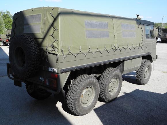 """Austrian Armed Forces"", ""Austrian Army"", Bundesheer, Kofferaufbau, LWSR22, Ledwinka, Pinz, Pinz, Pinzgauer, ""Pinzgauer 710"", ""Pinzgauer 710M"", ""Pinzgauer 712"", ""Pinzgauer 712M"", ""Pinzgauer 716"", ""Pin"