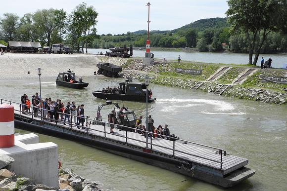 """""""Austrian Armed Forces"""", """"Austrian Army"""", Bundesheer, ÖAF, ÖBH, """"österreichisches Bundesheer"""", Panzer, Kampfpanzer, KPZ, Leopard, """"Leopard 2"""",""""Leopard 2A4"""", Ulan, """"Schützenpanzer Ulan"""", Schützenpanzer"""