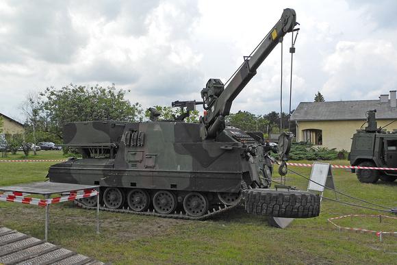 """Austrian Armed Forces"", ""Austrian Army"", BH, Bergepanzer, ""Bergepanzer 4KH7FA-SB Greif 4KH7FA-SB"", ""Bergepanzer Greif"", Bundesheer, Greif, chevron, ""recovery tank"", ""recovery tank 4KH7FA-SB Greif"", """