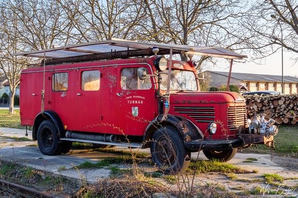 """Steyr, """"Steyr 380"""", """"Steyr 380 LF-B"""", """"Steyr 380 Löschfahrzeug mit Bergeausrüstung"""", Feuerwehr, """"Freiwillige Feuerwehr"""", Steiermark, Turnau, Rosenbauer, """"Rosenbauer Aufbau"""", Dachgalerie, Mannschaftsra"""