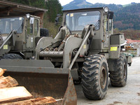 "BMLV ""Bundesministeriums für Landesverteidigung"" Radlader Schwenklader ""Tactial and Rear Operation Support System"" ""VA TROSS 130"" ""VOEST Alpine"" ""wheel mounted front end loader"" ""Austrian Armed Forces"