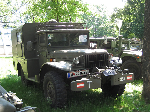 "All-terrain, ""Dodge 3/4t"", Lohner-Dodge, WC51, WC52, ""telecommunication vehicle"", ""All-terrain telecommunication vehicle, petrol, 3/4t, with/without winch"", Dodge; ""Weapons carrier""; ""österreichisches"