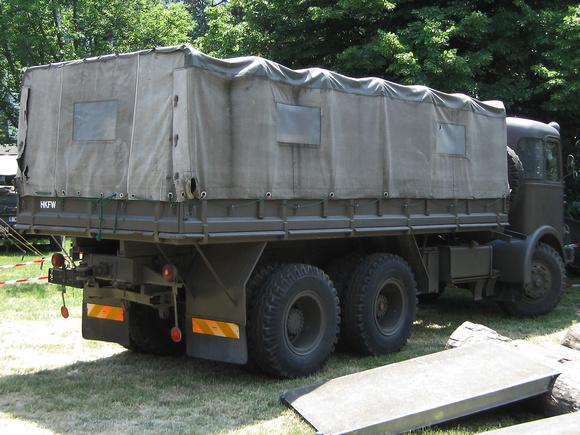 """Gräf & Stift""; ÖAF; ""ZA 200"", ""ZA 210""; ZA200; ZA210; ""Krankraftwagen D, Wilhag ZA 210/3""; Krankraftwagen; Wilhag; ""Geländegängiger Krankraftwagen D,8t, Kässbohrer, ZAFD 210/6""; Kässbohrer; ""ZAFD 210"