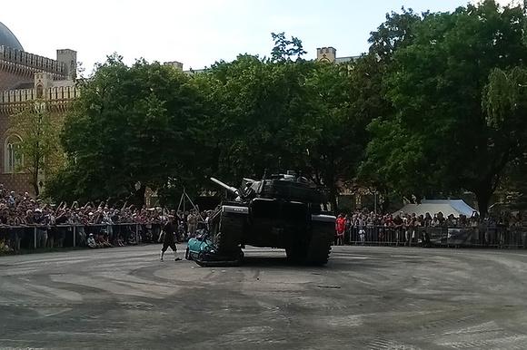 """Armored Personal Carrier"", ""Austrian Armed Forces,"" ""Austrian Army"", BMW, Bundesheer, CAMO, ""CCKW 352"", ""CCKW 353"", ""Canada Dodge"", Caterpillar, Chevrolet, ""Chevrolet Styleline 4-door Sedan"", Chevy,"
