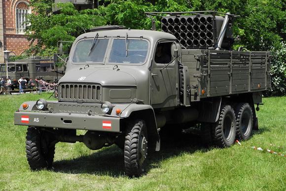 """""""Praga V3S mit 130mm Raketenwerfer RM-130 (M-51)"""", """"Austrian Armed Forces"""", """"Austrian Army"""", Lastkraftwagen, """" Praga V3S """", """"RM-130 (M-51)"""", """"130mm Raketenwerfer RM-130 (M-51) """", """"Zaplachtovaný raketo"""