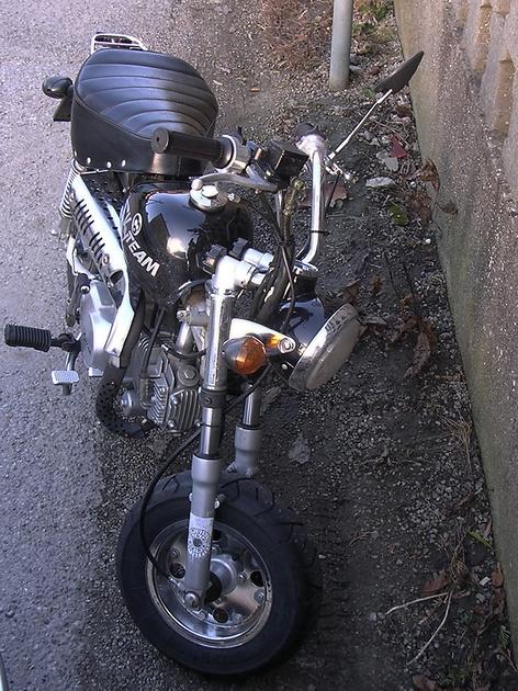 "BMW, ""Bayrische Motorenwerke"", ""Harley Davidson"", Harley, Skyteam, ""Mini Bike"", ""Bonsai Bike"", ""Honda Hornet 600"", ""Honda Hornet"", Honda,  ""Harley Davidson 1200 Sportster"", ""Harley Davidson 1200"", ""BM"