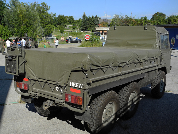 """2cm Flak 65/68"", ""Austrian Armed Forces"", ""Austrian Army"", Bundesheer, FlAK, Ledwinka, Pinz, Pinz, Pinzgauer, ""Pinzgauer 710"", ""Pinzgauer 710M"", ""Pinzgauer 712"", ""Pinzgauer 712M"", ""Pinzgauer 716"", ""P"